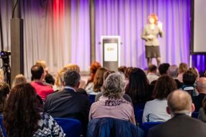 Bühnensituation vor Publikum. ©AttilHenning